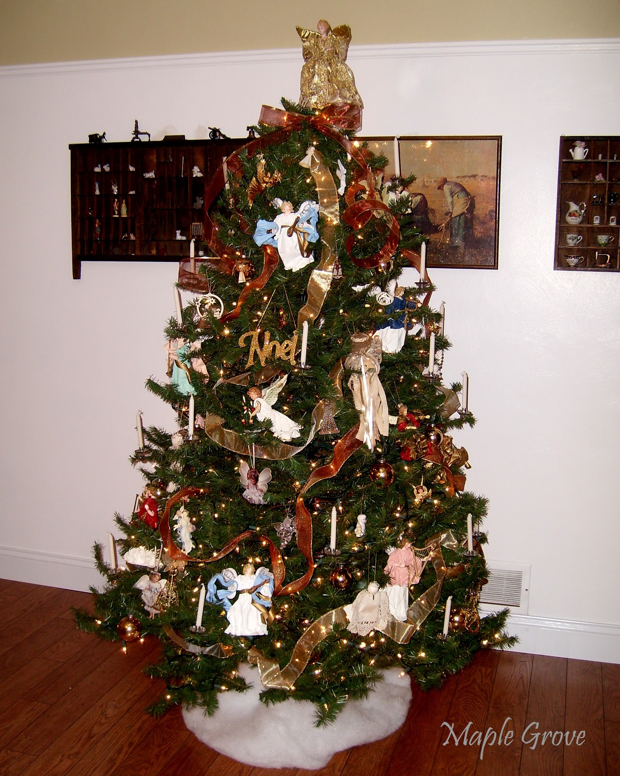 Maple grove christmas decorating series part 3 the for Angel christmas tree decoration