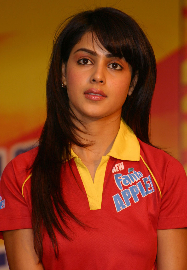 Awesome Images Of Genelia  Secong Album Collection By Youngistan Team    Genelia Hairstyle In Force