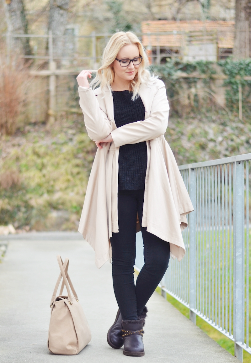 Outfit_UGG_Boots_Emersen_Trench_Coat