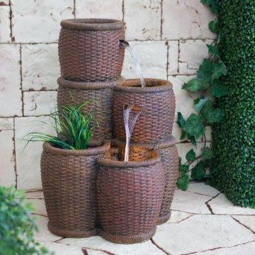 air mancur taman: air mancur lantai dengan bentuk ember