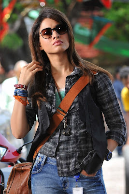 Cute tamanna from cgr