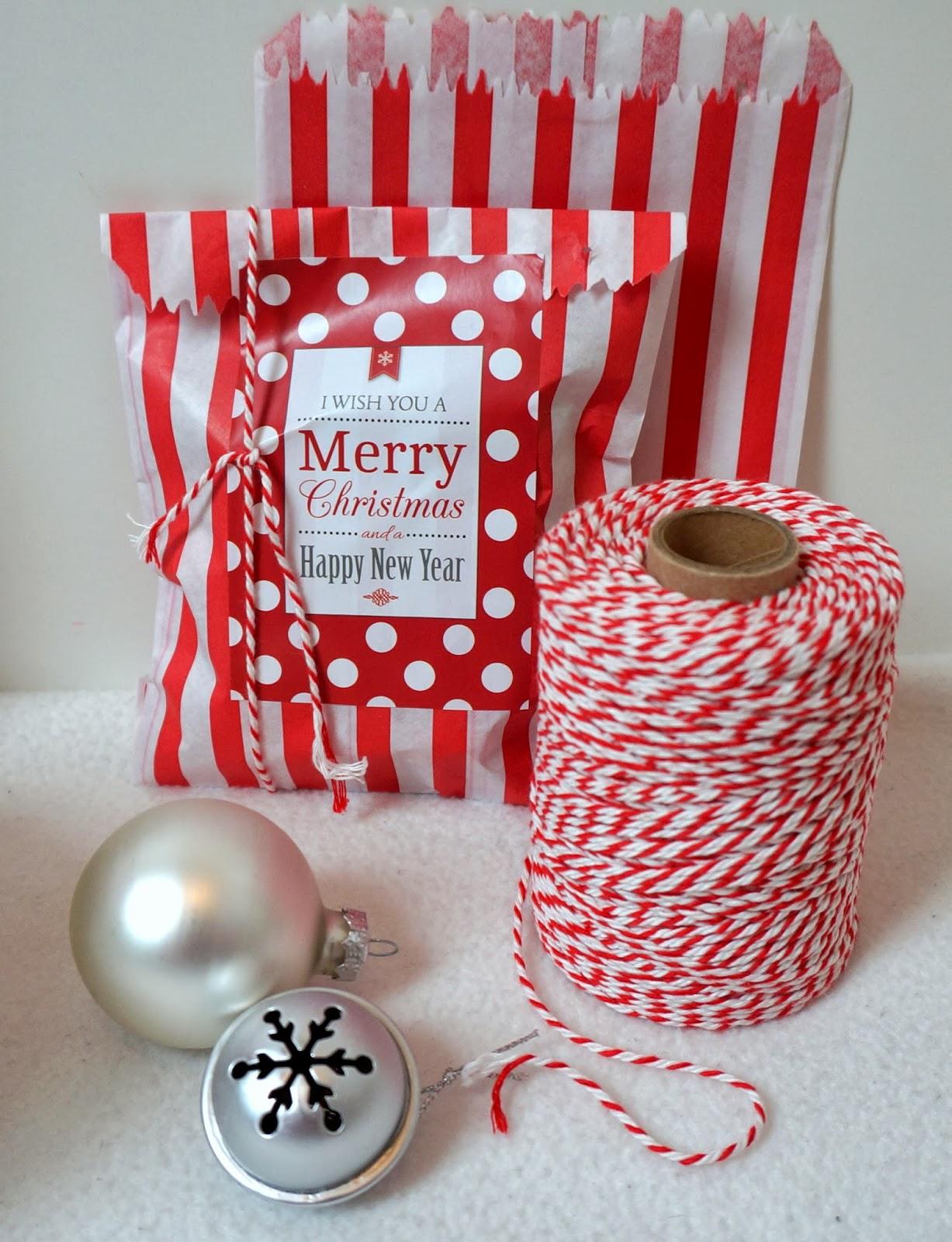 weihnachts macarons gewinnerin nikolaus giveaway. Black Bedroom Furniture Sets. Home Design Ideas