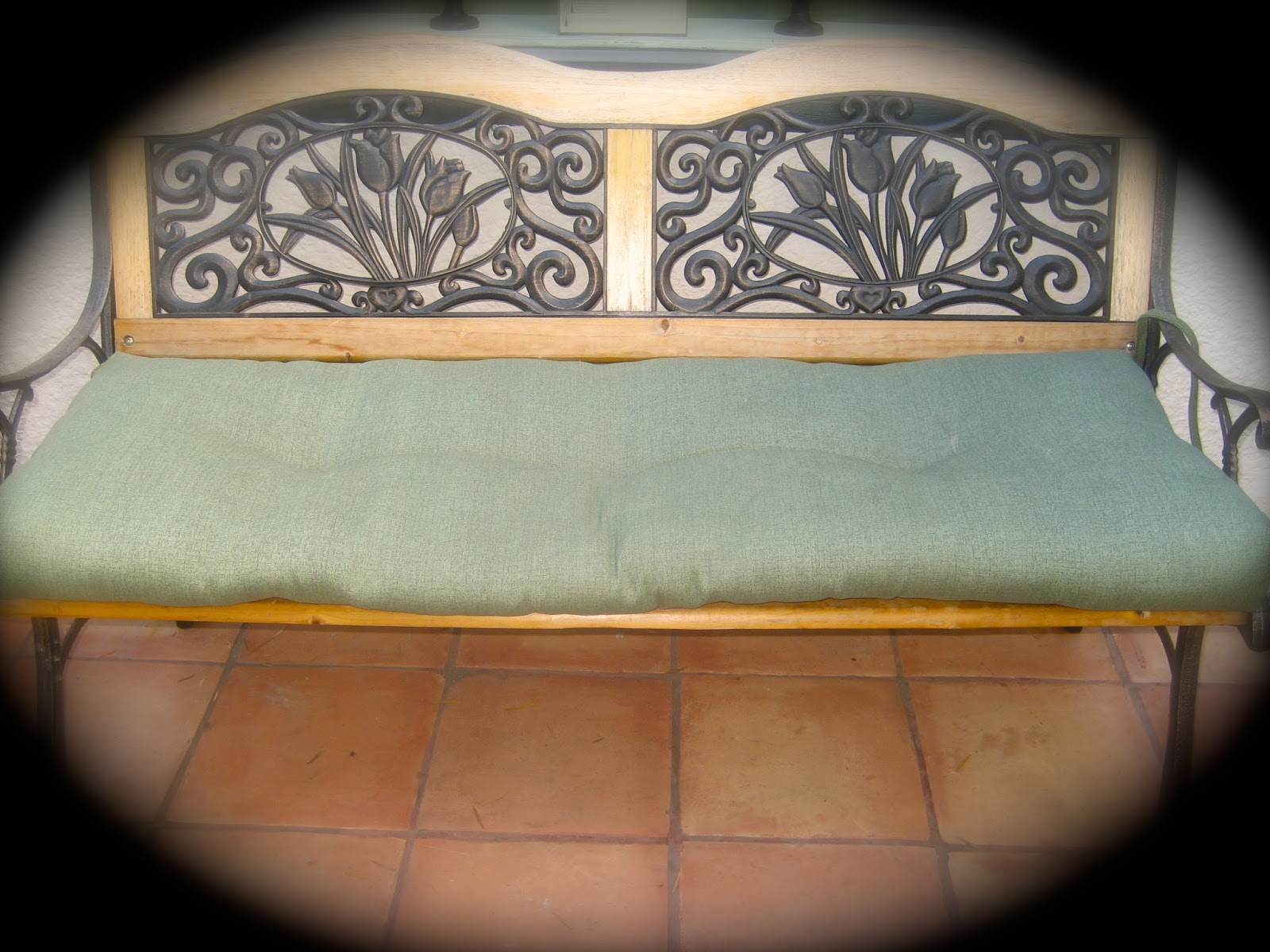 Sew Glorious Homemade Park Bench Cushion Cover And Throw Pillows