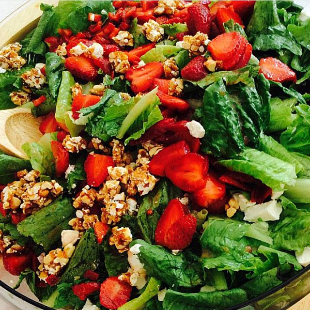 Salad by Pina_galletas_botana. Visit www.forarealwoman.com  #foodie #blogger #recipe #recetas
