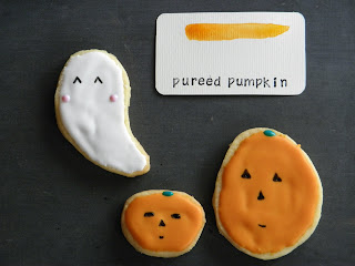 Color story for pureed pumpkin with ghost and pumpkin cookies