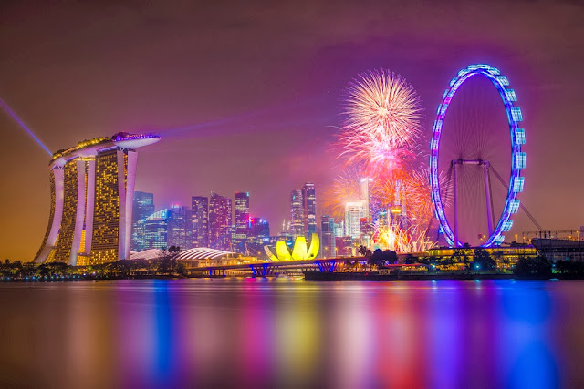 Singapore 2014 Countdown Firework by Wang Guowen (gw.wang), on Flickr