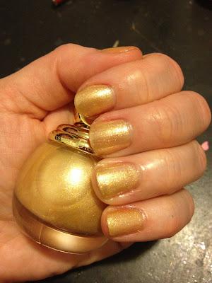 Dior, Dior Diorific Vernis Almee, nail polish, nail varnish, nail lacquer, manicure, mani monday, #manimonday, nails