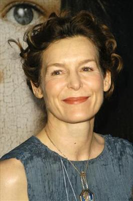 Alice Krige actriz de television
