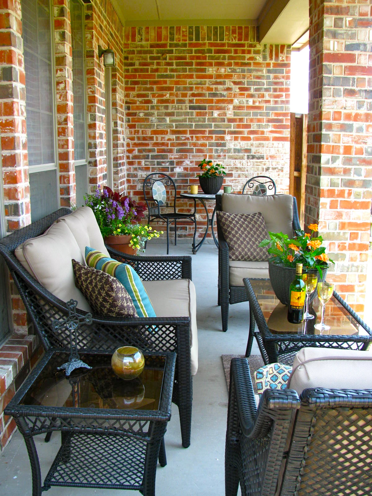 May days a small patio makeover for Outdoor furniture for small front porch