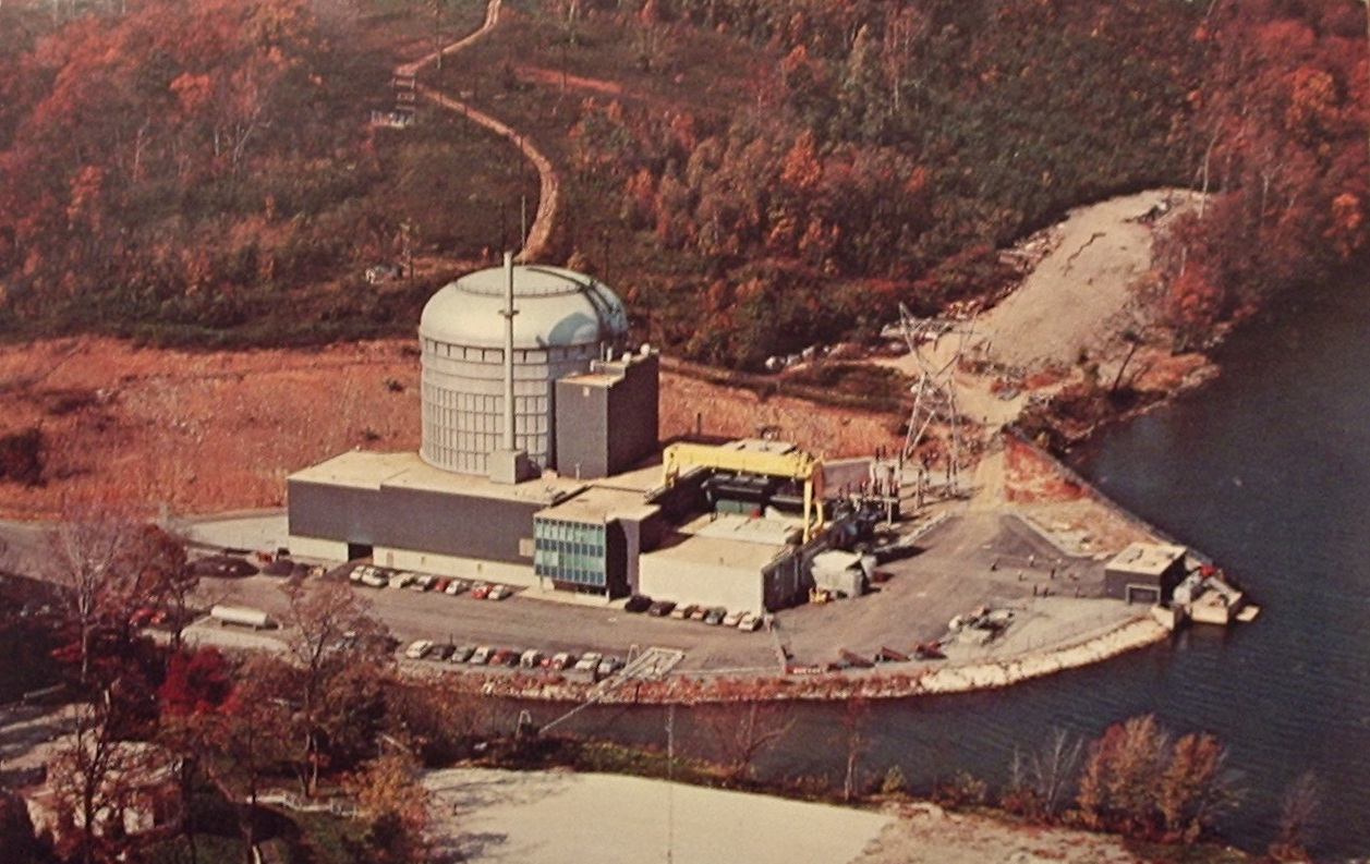 peach bottom Peach bottom atomic power station, unit 1 was a 200 mwt, high temperature,  gas cooled reactor that was operated from june of 1967 to its final shutdown on.