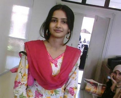 punjabi girl in salwar suit
