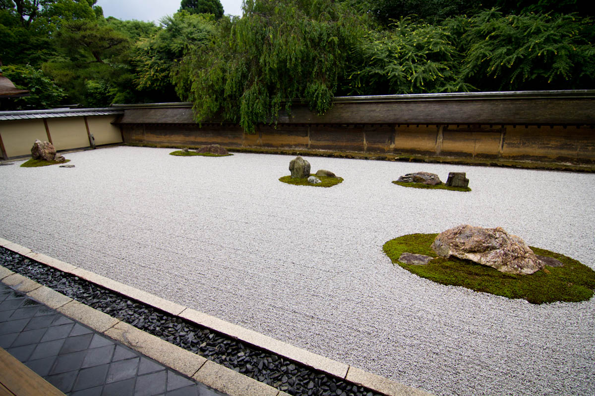 Ryoanji temple japanese design pinterest ryoanji and for Landscaping rocks tuscaloosa al
