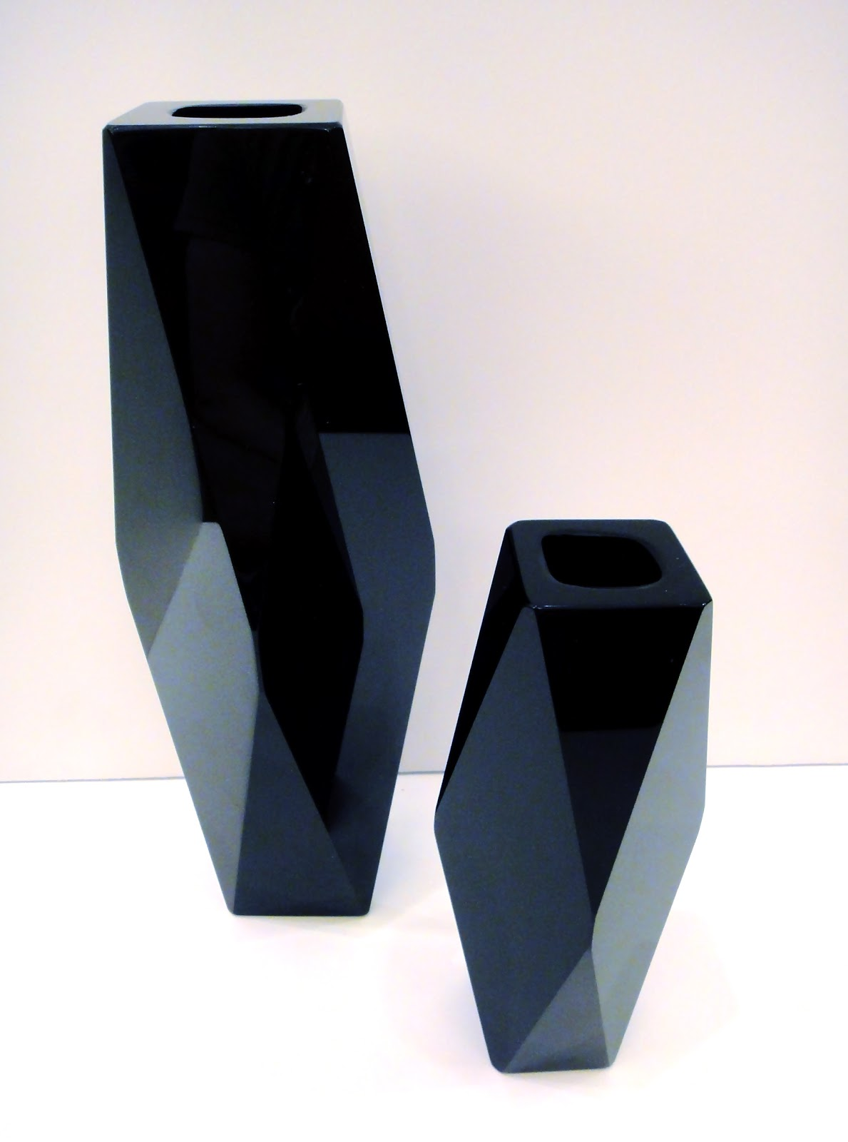 The end of history august 2011 from the italian masters of faceted glass mandruzzato two vintage pure black glass vases with original paper labels in tact reviewsmspy