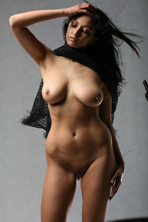 Hot bengali model seducing nude photo | okinamey