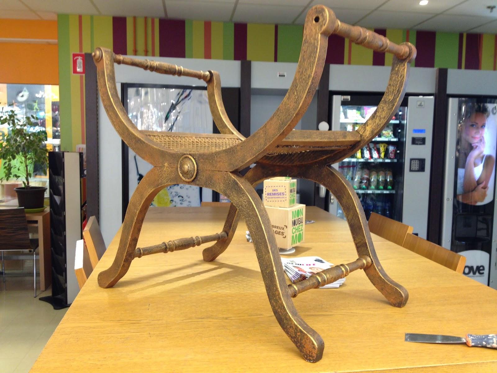 Peinture sur meuble finition effet rouille et patine or - Peinture effet patine ...