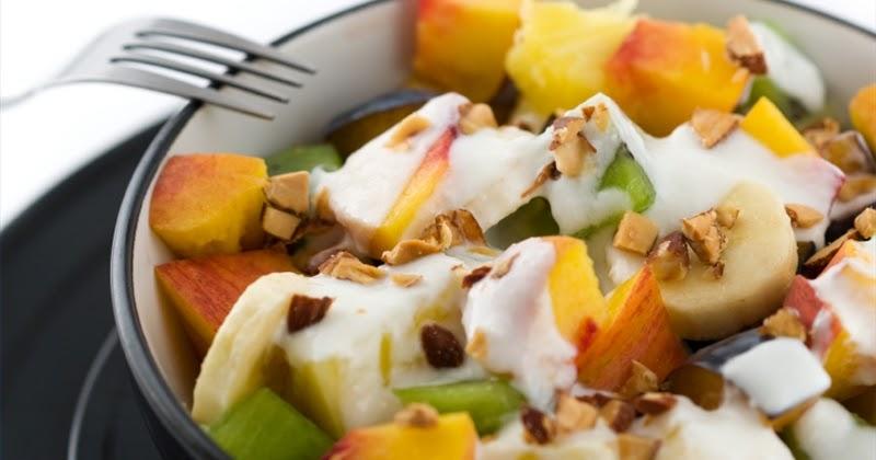 Amelia Yoghurt: Resep Salad buah Yogurt Amelia:)