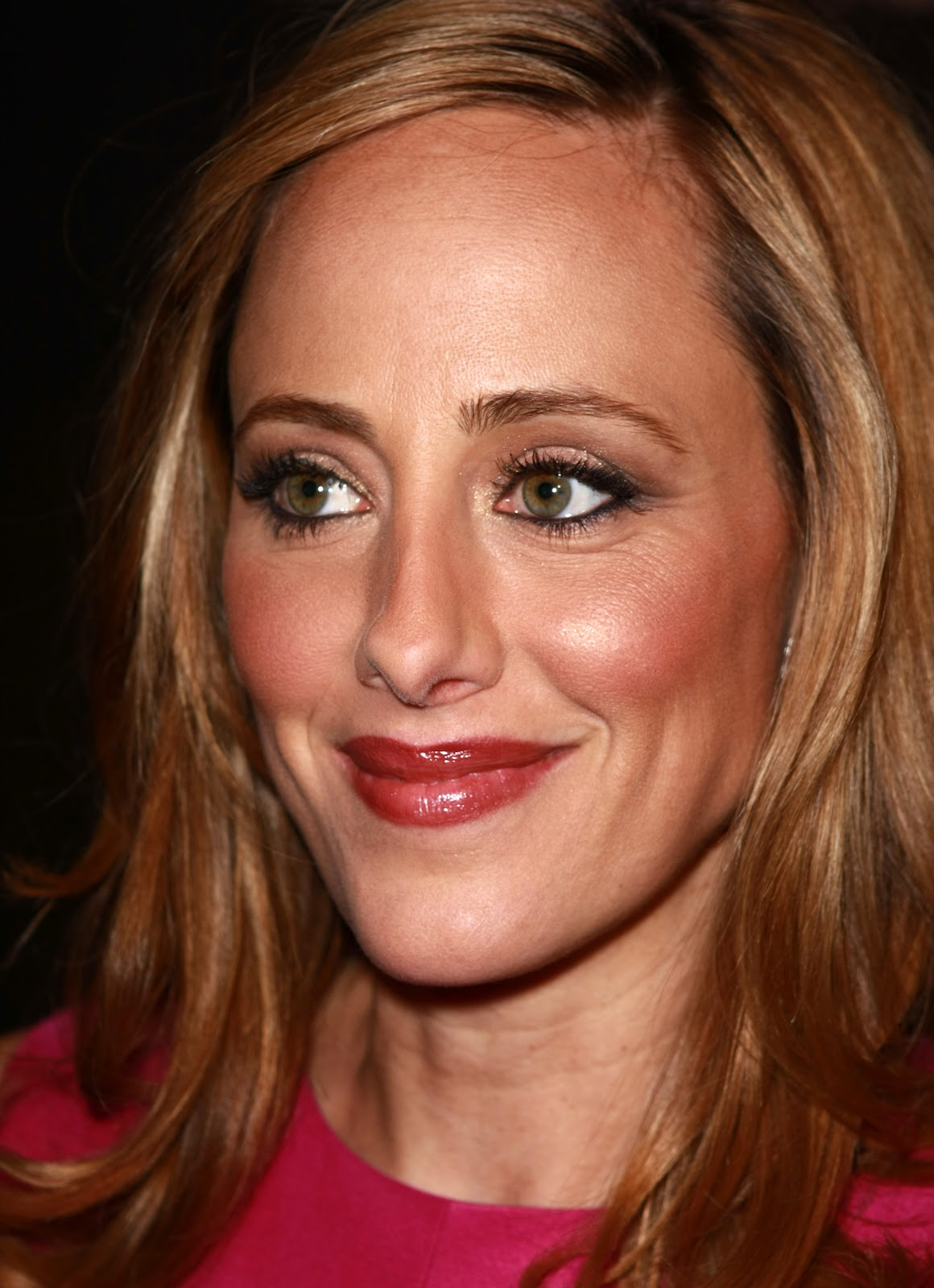Kingdom of Photo Albums: Actress Kim Raver Picture