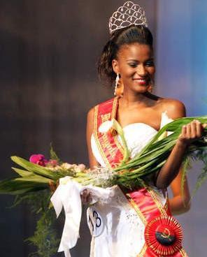 Leila Lopes Miss Angola 2011