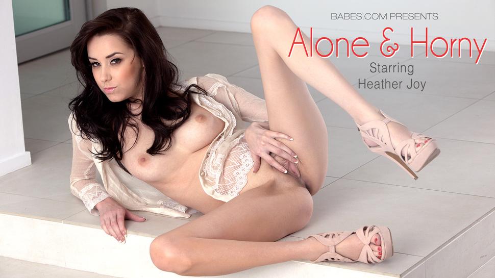 Babes9-04 Heather Joy - Alone And Horny 03250