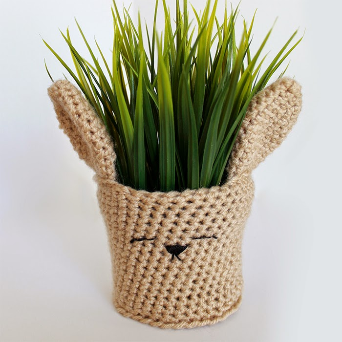 Spring Bunny Crochet Planter Cover | The Inspired Wren