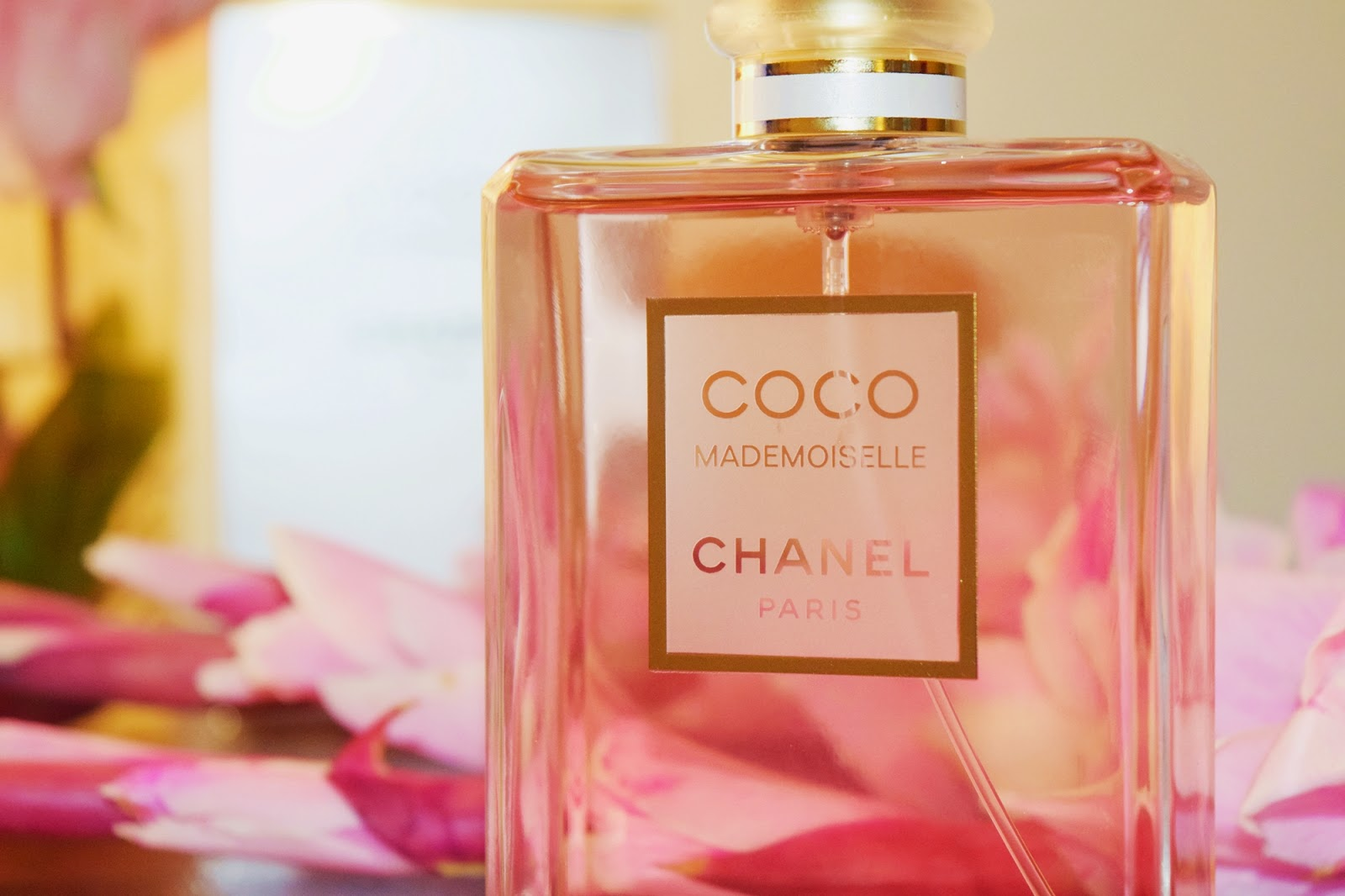 chanel coco mademoiselle the most romantic fragrance for. Black Bedroom Furniture Sets. Home Design Ideas