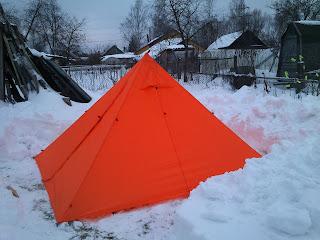 легкая самодельная палатка пирамида