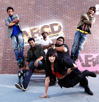 Aadalam Boys Chinnadha Dance (ABCD) (2013) Mp3 320kbps Full Songs Download, Lyrics