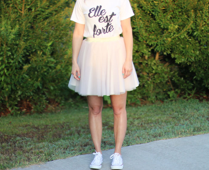 graphic t-shirt tulle skirt converse