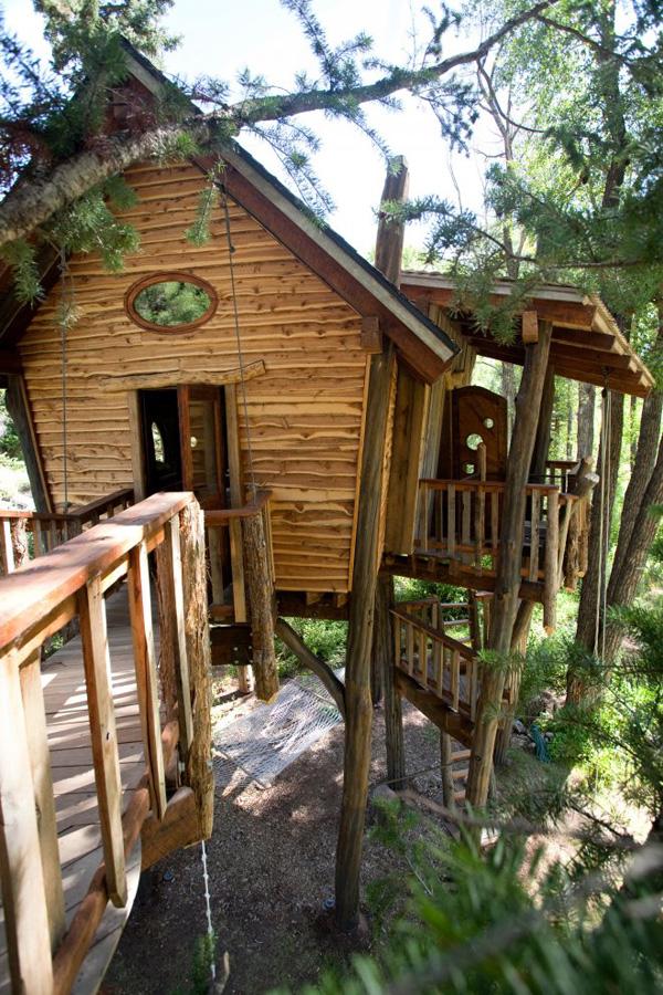 puente de madera _entrada de la casa