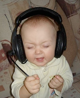 funny picture: Child with headphones