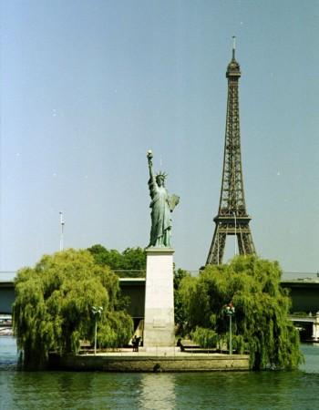 Paris estatua de la libertad for Aux bains paris