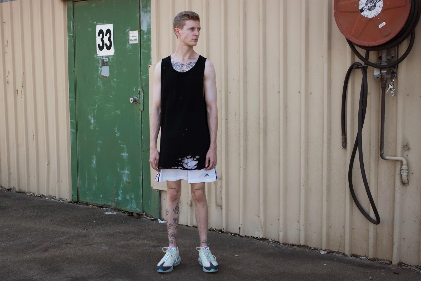 nike air max 95 with shorts