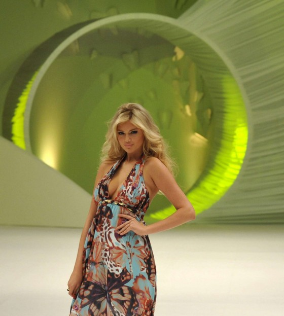 Kate Upton At Liverpool Fashion Fest