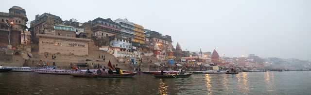 Rio Ganges a su paso por Varanasi