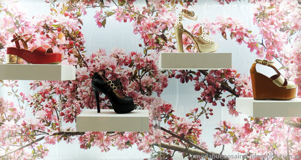 Moda zapatos y sandalias primavera verano 2014 Donne.