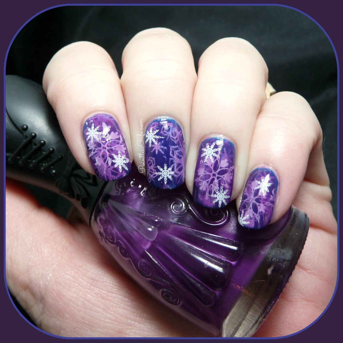 Snowflake-Jelly-Stampwich-Nail-Art