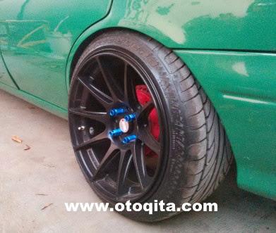Gambar roda mobil sedan