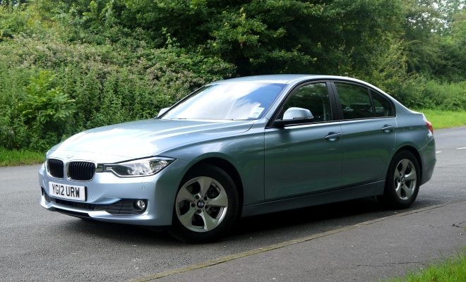 BMW 320d Efficient Dynamics - flanks