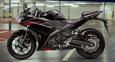 Yamaha R25 Black