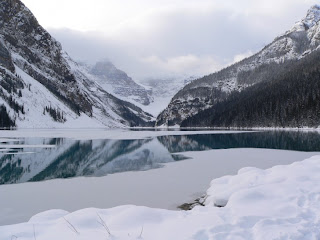 Snow Attraction of Lake Louise in winter session