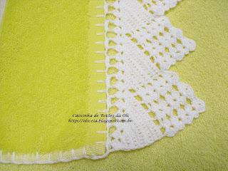 """Caixinha de Botões da Oli"""": Barrado de crochê para toalha de banho"""
