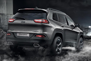 Jeep Cherokee Night Eagle (2016) Rear Side