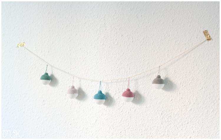 Guirnalda de bolas navideñas hechas a mano por Miss Katiuska