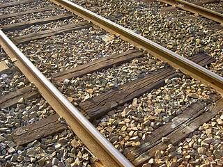 rel keretapi