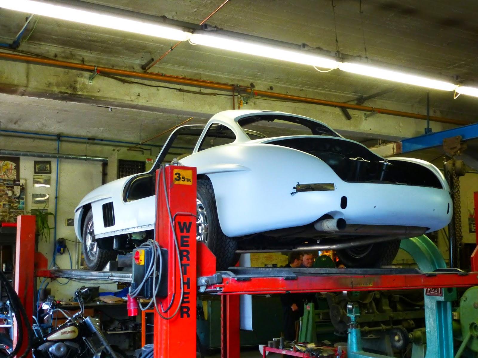 French restoration garage spot a car for Garage auto france