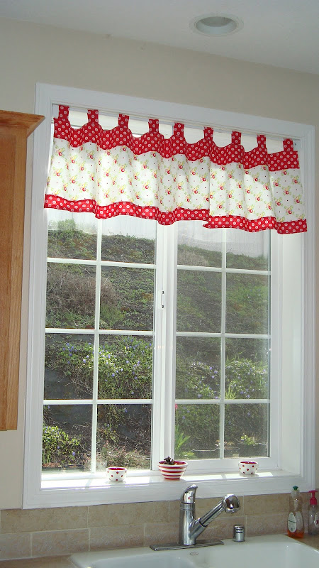 Retro Kitchen Valance