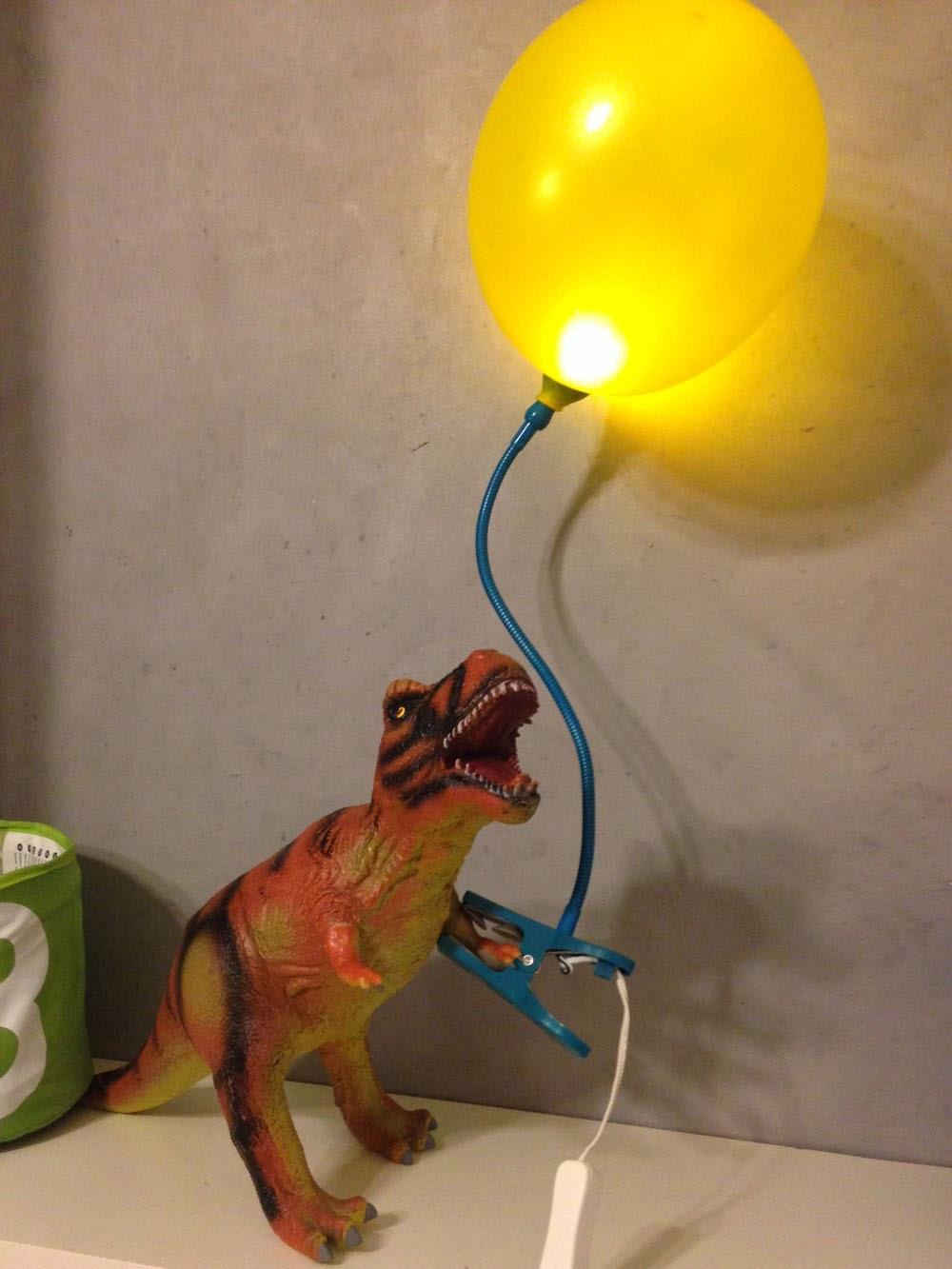 Mommo design dinos art attack - Lampada a led ikea ...