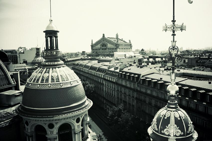 Sur les toits de paris terrasse printemps haussmann for Terrasse sur le toit paris