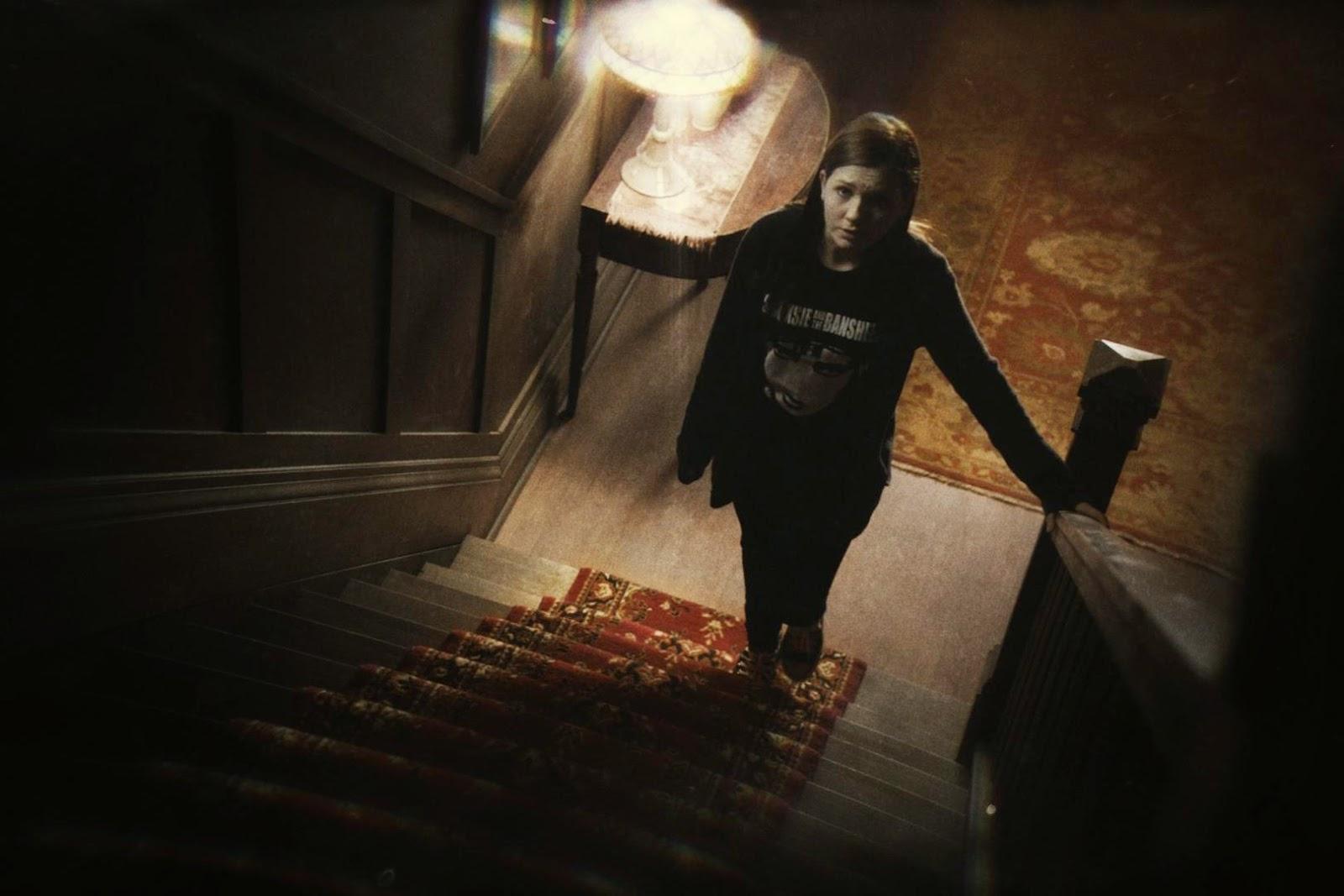 La cinta nos narra la historia de Lisa Johnson, el fantasma de un adolescente que se da cuenta de que está muerta