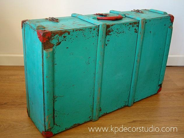 Cajas y baúles antiguos de los años 50 para decoración vintage